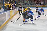 15.04.2018, EnergieVerbund Arena, Dresden, GER, Euro Hockey Challenge, Deutschland vs. Slowakei, im Bild<br /> <br /> <br /> Jaroslav Hafenrichter (#77, Deutschland), Martin Bakos (#83, Slowakei), <br /> <br /> Foto &copy; nordphoto / Dostmann
