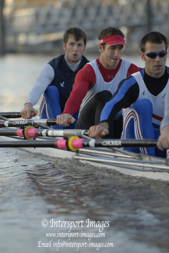 Chiswick. GREAT BRITAIN, 03/11/2007 Tideways Scullers Graham BENTON at 2.  Early morning training session,  Fullers Fours Head of the River Race. [Mandatory Credit Peter Spurrier/Intersport Images] ,Rowing Course: River Thames, Championship course, Putney to Mortlake 4.25 Miles,