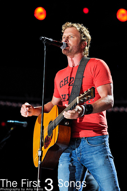 Dierks Bentley performs at LP Field during the 2012 CMA Music Festival on June 10, 2011 in Nashville, Tennessee.