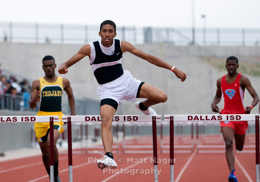 Clifton Leake (cq), of Lake Highlands High School jumps over the last hurdle in the Varsity Boys 300 Meter Hurdles event during the Eddie Payne Relays track and field event at John E. Kincaide Stadium in Dallas, Texas, Saturday, March 29, 2008...MATT NAGER/ SPECIAL CONTRIBUTER