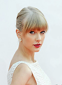 Oct 07, 2012: TAYLOR SWIFT - BBC Radio1 Teen Awards @ Wembley Arena London