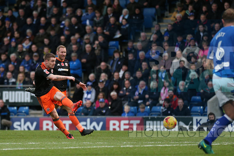 John Fleck of Sheffield Utd  scores his goal during the English League One match at the Proact Stadium, Chesterfield. Picture date: November 13th, 2016. Pic Simon Bellis/Sportimage
