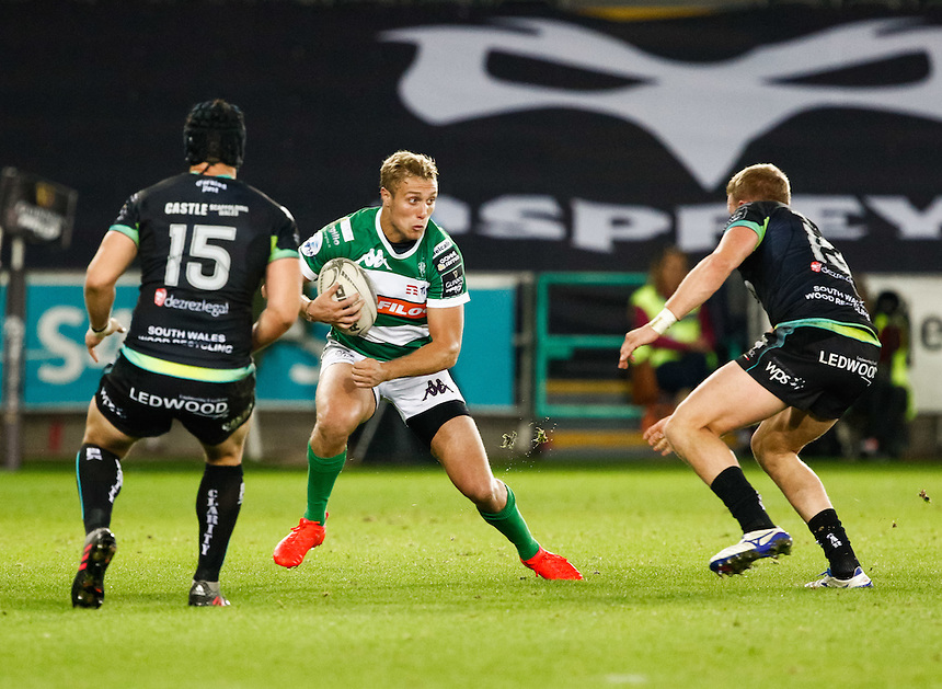 Andrea Buondonno of Benetton Treviso<br /> <br /> Photographer Simon King/CameraSport<br /> <br /> Guinness PRO12 Round 3 - Ospreys v Benetton Rugby Treviso - Saturday 17 September 2016 - Liberty Stadium - Swansea<br /> <br /> World Copyright &copy; 2016 CameraSport. All rights reserved. 43 Linden Ave. Countesthorpe. Leicester. England. LE8 5PG - Tel: +44 (0) 116 277 4147 - admin@camerasport.com - www.camerasport.com