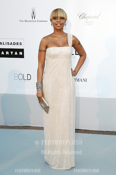 Mary J. Blige  at the amfAR Cinema Against AIDS Gala at the Hotel du Cap, Antibes..May 20, 2010  Antibes, France.Picture: Paul Smith / Featureflash