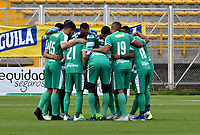 BOGOTA-COLOMBIA, 31-08-2019: Jugadores de La Equidad, antes partido entre La Equidad y Alianza Petrolera de la fecha 9 por la Liga Águila II 2019, jugado en el estadio Metropolitano de Techo en la ciudad de Bogotá. / Players of La Equidad, prior a match between La Equidad and Alianza Petrolera, of the 9th date for the Liga Aguila II 2019 at the Metropolitano de Techo stadium in Bogota city. / Photo: VizzorImage  / Luis Ramírez / Staff.