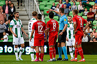 GRONINGEN - Voetbal, FC Groningen - FC Twente, Eredivisie, seizoen 2019-2020, 10-08-2019, arbiter Christaan Boax geeft rood aan FC Groningen speler Ramon Pascal Lundqvist