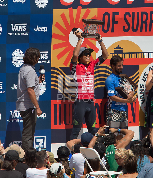 Huntington Beach, CA - Sunday August 06, 2017: Kanoa Igarashi defeats Tomas Hermes during a World Surf League (WSL) Qualifying Series (QS) Championship Final heat to win the 2017 Vans US Open of Surfing on the South side of the Huntington Beach pier.