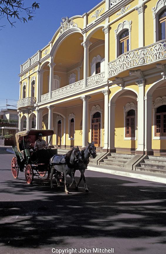 Horse-drawn carriage in Granada, Nicaragua