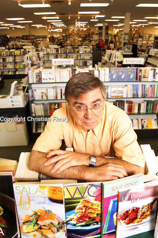 September 2004, File Photo, Montreal (Qc) CANADA<br /> Exclusive Photo<br /> Pierre Renaud, Owner Renaud Bray (bookstores)