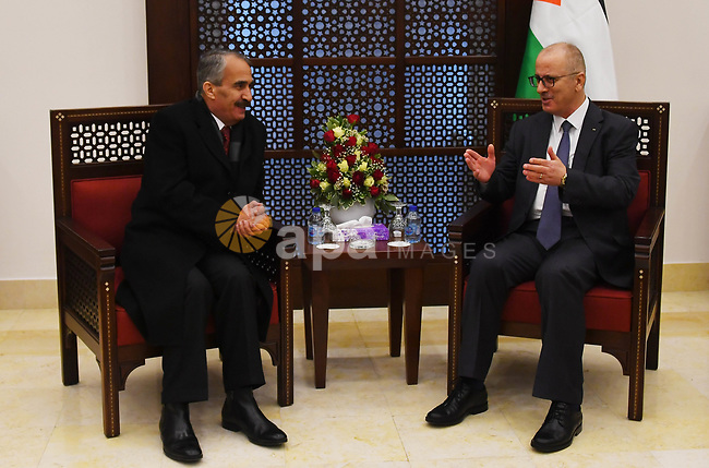Palestinian Prime Minister, Rami Hamdallah, meets with Jordanian Interior Minister Samir al-Mubaidin, in the West Bank city of Bethlehem, on January 6, 2019. Photo by Prime Minister Office