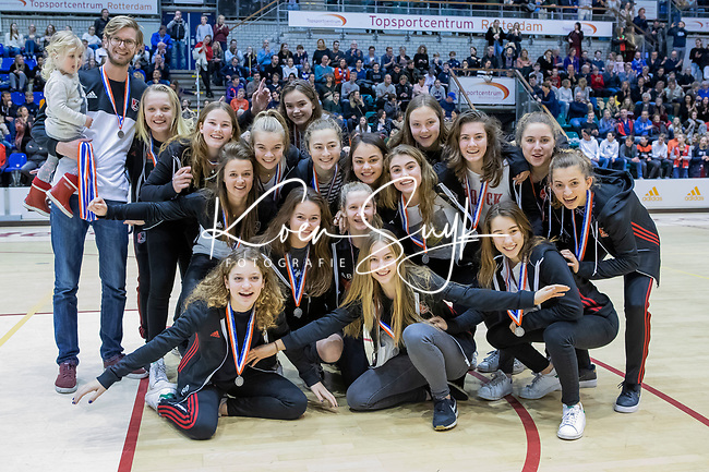 ROTTERDAM  - Team Amsterdam met zilver.  NK Zaalhockey  finale A'dam MB1-Kampong B1 (3-4). Kampong Nederlands Kampioen -16.    COPYRIGHT KOEN SUYK