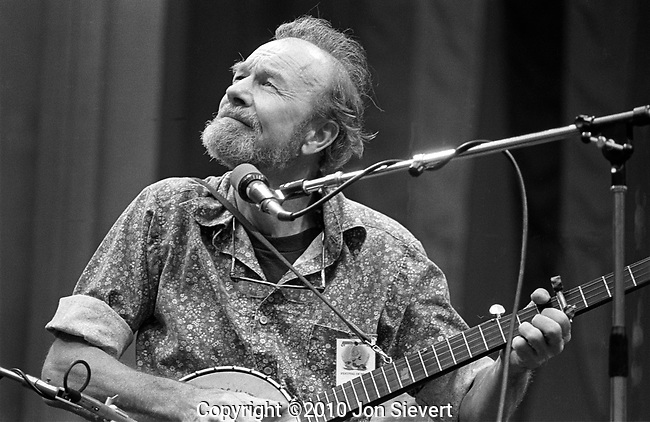 "Pete Seeger, Oct. 6, 1979, Bread & Roses. American folk singer and an iconic figure in the mid-20th century American folk music revival. A lifetime political activist for human rights, he was blacklisted during the McCarthy era  and is best known as the author or co-author of ""Where Have All the Flowers Gone?"", ""If I Had a Hammer"" (composed with Lee Hays of The Weavers), and ""Turn, Turn, Turn!"", which have been recorded by many artists both in and outside the folk revival movement and are still sung throughout the world.44-4-36"