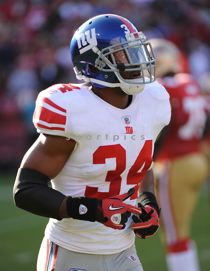 DEON GRANT, of the New York Giants, in action during the Giants game against the San Francisco 49ers on November 13, 2011 at Candlestick Park in San Francisco, CA. The 49ers beat the Giants 27-20.