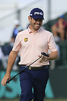 Louis Oosthuizen (RSA) putts on the 8th green during Friday's Round 2 of the 118th U.S. Open Championship 2018, held at Shinnecock Hills Club, Southampton, New Jersey, USA. 15th June 2018.<br /> Picture: Eoin Clarke | Golffile<br /> <br /> <br /> All photos usage must carry mandatory copyright credit (&copy; Golffile | Eoin Clarke)