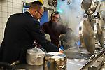 29.3.2015, Berlin Lauder Foundation. Kaschern in Vorbereitung auf Pessach