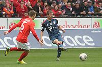 Benedikt Saller (Mainz) gegen Philipp Lahm (Bayern) - 1. FSV Mainz 05 vs. FC Bayern München, Coface Arena, 26. Spieltag