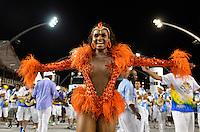 ATENÇÃO EDITOR FOTO EMBARGADA PARA VEÍCULOS INTERNACIONAIS - SÃO PAULO, SP, 03 DE FEVEREIRO DE 2013 - ENSAIO TÉCNICO IMPÉRIO DE CASA VERDE - Rainha da Bateria Valeska Reis durante ensaio técnico da Escola de Samba Império de Casa Verde na preparação para o Carnaval 2013. O ensaio foi realizado na noite deste domingo (03) no Sambódromo do Anhembi, zona norte da cidade. FOTO LEVI BIANCO - BRAZIL PHOTO PRESS