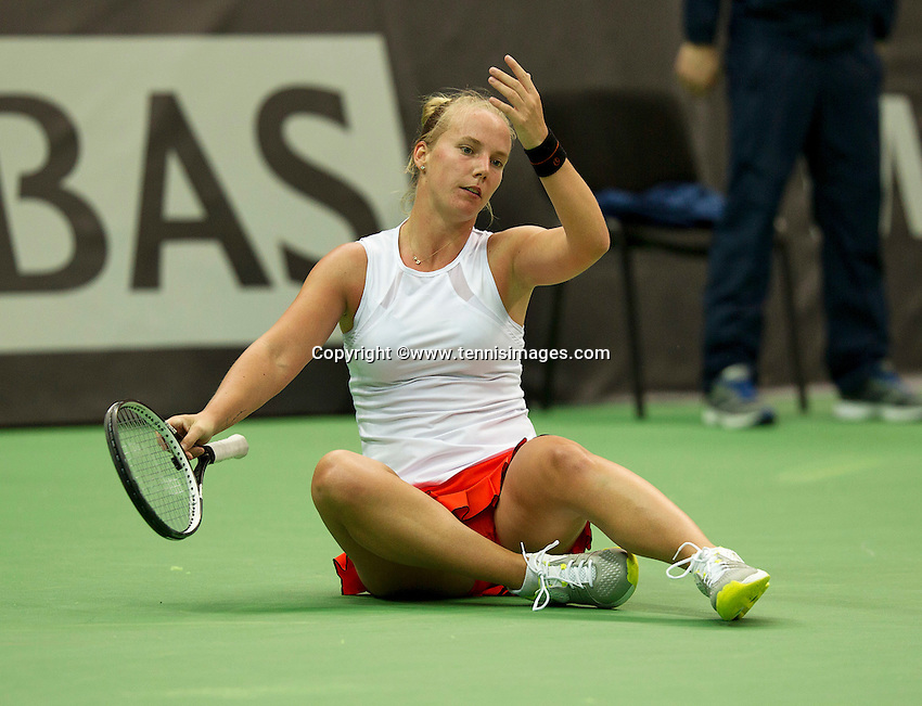 Moskou, Russia, Februari 4, 2016,  Fed Cup Russia-Netherlands, Richel Hogenkamp (NED) reacts after she falls<br /> Photo: Tennisimages/Henk Koster