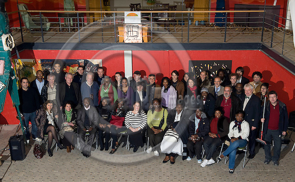 Brussels-Belgium - December 07, 2009 -- Group picture with René (Rene) NGONGO from Goma-Kivu Democratic Republic of Congo, 2009-Laureate of the Alternative Nobel Prize  / the Right Livelihood Award, after an information evening at Ancien Librairie UOPC -- Photo: Horst Wagner / eup-images