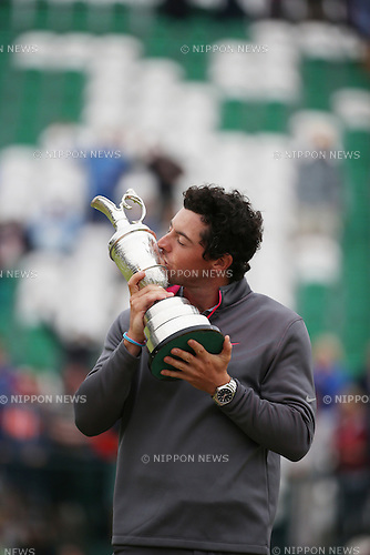 Rory McIlroy (NIR), JULY 20, 2014 - Golf : Rory McIlroy of Northern Ireland celebrates as he kisses the Claret Jug after winning the 143rd British Open Championship at Royal Liverpool Golf Club in Hoylake, England. (Photo by Koji Aoki/AFLO SPORT) [0008]
