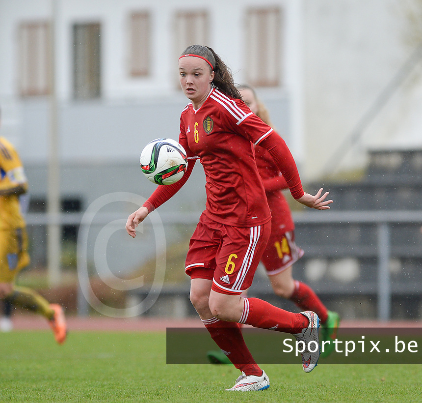 20150404 - FORST , GERMANY  : Belgian Tine De Caigny pictured during the soccer match between Women Under 19 teams of Belgium and Ukraine , on the first matchday in group 5 of the UEFA Elite Round Women Under 19 at WaldseeStadion , Forst , Germany . Saturday 4th April 2015 . PHOTO DAVID CATRY