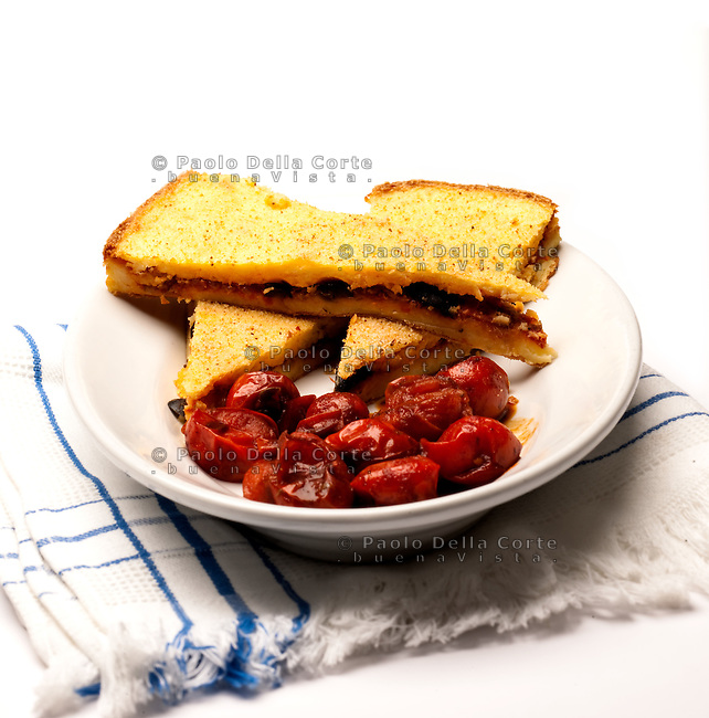 Pitta salentina with potatoes, cheese and tomatoes