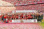 12.05.2018, Allianz Arena, Muenchen, GER, 1.FBL,  FC Bayern Muenchen vs. VfB Stuttgart, im Bild Deutscher Meister FC Bayern Muenchen<br /> <br />  Foto &copy; nordphoto / Straubmeier