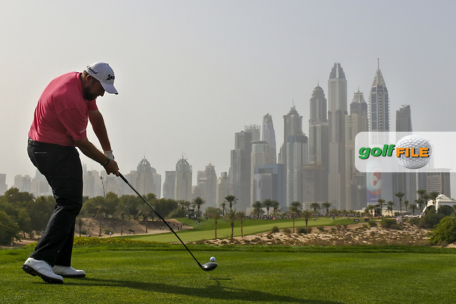 Shane Lowry (IRL) on the 8th during Round 2 of the Omega Dubai Desert Classic, Emirates Golf Club, Dubai,  United Arab Emirates. 25/01/2019<br /> Picture: Golffile | Thos Caffrey<br /> <br /> <br /> All photo usage must carry mandatory copyright credit (&copy; Golffile | Thos Caffrey)