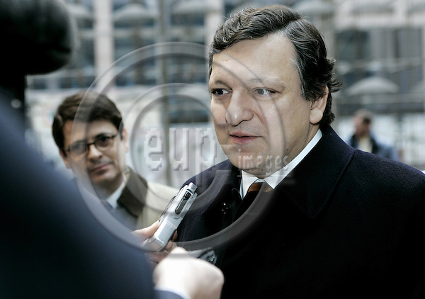 BRUSSELS - BELGIUM - 31 JANUARY 2005 -- EU-Council meeting for General Affairs with Foreign Ministers. -- Jose Manuel DURAO BARROSO the President of the EU-Commission talking to the press at his arrival to the EU-Council. -- PHOTO: JUHA ROININEN / EUP-IMAGES