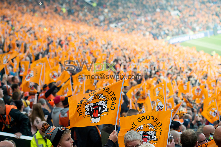 Picture by Allan McKenzie/SWpix.com - 07/10/2017 - Rugby League - Betfred Super League Grand Final - Castleford Tigers v Leeds Rhinos - Old Trafford, Manchester, England - The brief, Castleford, fans, supporters.
