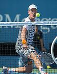 Tomas Berdych (CZE) wins against Lleyton Hewitt (AUS) 6-3, 6-3, 6-3