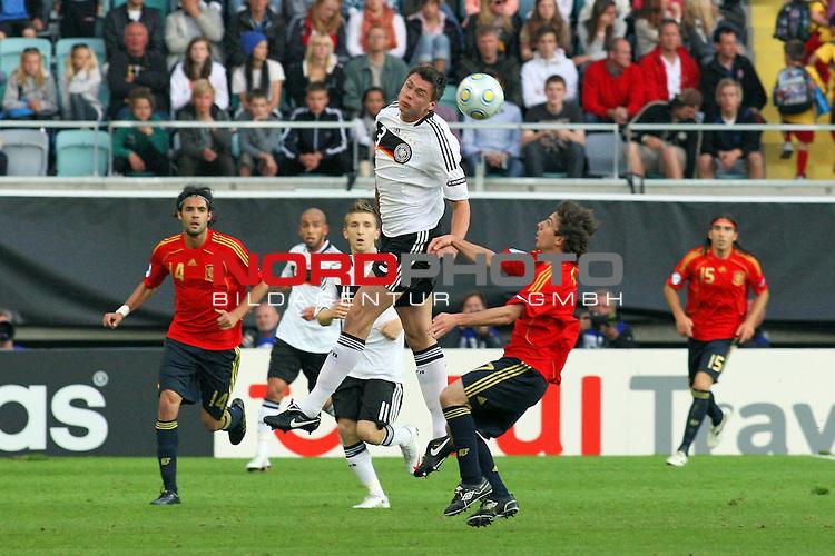 UEFA U21 Europameisterschaft / EM Europeen Championship Under 21 2009 Schweden / Sweden - GŲteborg / Gothenborg 15.06.2009 Group B - Matchday 1 Gamla Ullevi Stadion<br /> <br /> Match 2: Spanien / Spain (ESP) vs. Deutschland / Germany (GER)<br /> <br /> Sebastian Boenisch (Deutsche U21 Nationalmannschaft Werder Bremen #3).<br /> <br /> Foto &copy; nph ( nordphoto ) *** Local Caption *** Fotos sind ohne vorherigen schriftliche Zustimmung ausschliesslich fŁr redaktionelle Publikationszwecke zu verwenden. Auf Anfrage in hoeherer Qualitaet/Aufloesung *** Local Caption *** <br /> Fotos sind ohne vorherigen schriftliche Zustimmung ausschliesslich fŁr redaktionelle Publikationszwecke zu verwenden.<br /> <br /> Auf Anfrage in hoeherer Qualitaet/Aufloesung