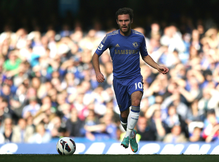 Chelsea's Juan Mata in action during todays match  ..Football - Barclays Premiership - Chelsea v Norwich City - Saturday 6th October 2012 - Stamford Bridge - London..
