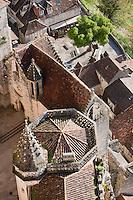 Europe/Europe/France/Midi-Pyrénées/46/Lot/Rocamadour: les toits du sanctuaire et de la cité religieuse