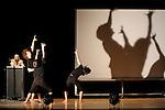 TOUT CECI N EST PAS VRAI....Choregraphie : BAE Thierry..Compagnie : Traits de ciel..Lumiere : ZACH Pier..Costumes : THOMAS Virginie..Avec :..BAE Thierry..BERTIN Renaud..GARCIA Corinne..IRATCHET Helene..LOMBARD Bertrand..NEVES GONCALVES Ana Sofia..Lieu : Theatre National de Chaillot Salle Gemier..Ville : Paris..Le : 03 04 2009..© Laurent PAILLIER CDDS Enguerand