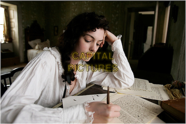 ANNE HATHAWAY.in Becoming Jane  .**Filmstill - Editorial Use Only**.CAP/FB.Supplied by Capital Pictures
