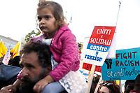 Banner Fight racism stand together<br /> Roma 10/11/2018. Manifestazione contro il decreto Salvini sull'immigrazione e contro il razzismo. Intitolata 'Uniti e solidali contro il Governo, il razzismo ed il Decreto Salvini'<br /> Rome November 10th 2018. Demonstration against the Salvini decree on immigration and against the racism.<br /> Foto Samantha Zucchi Insidefoto