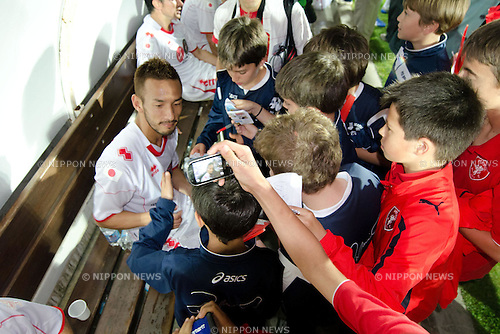 """Hidetoshi Nakata, MAY 23th, 2011 - Football : Hidetoshi Nakata signs autographs for fans during the charity match """"Perugia for Sendai"""" at Curi Stadium in Perugia, Italy, (Photo by Enrico Calderoni/AFLO SPORT) [0391]"""
