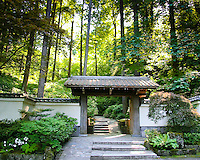 Entrance gateway to path that leads up to the Portland Japanese Garden
