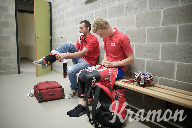 Gert Dockx (BEL/Lotto-Belisol) & Kenny Dehaes (BEL/Lotto-Belisol) getting ready to race<br /> <br /> Heistse Pijl 2014