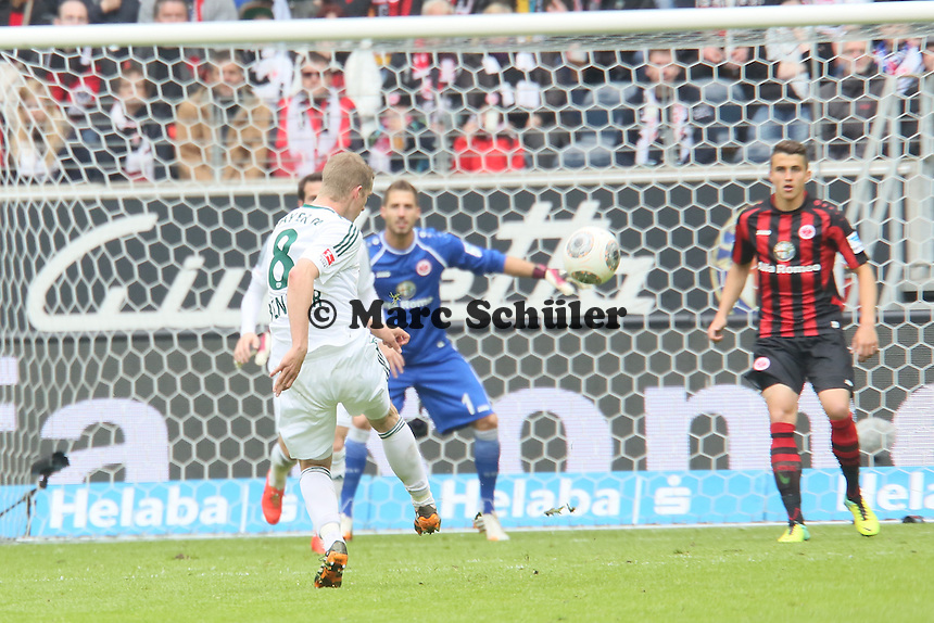 Lars Bender (Bayer) zieht ab - Eintracht Frankfurt vs. Bayer Leverkusen, Commerzbank Arena