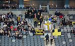 Stockholm 2015-03-13 Bandy SM-final damer Kareby IS - AIK :  <br /> AIK:s supportrar under matchen mellan Kareby IS och AIK <br /> (Foto: Kenta J&ouml;nsson)<br /> Nyckelord:  SM SM-final final Bandyfinal Bandyfinalen Dam Damer Dambandy AIK Kareby IS supporter fans publik supporters