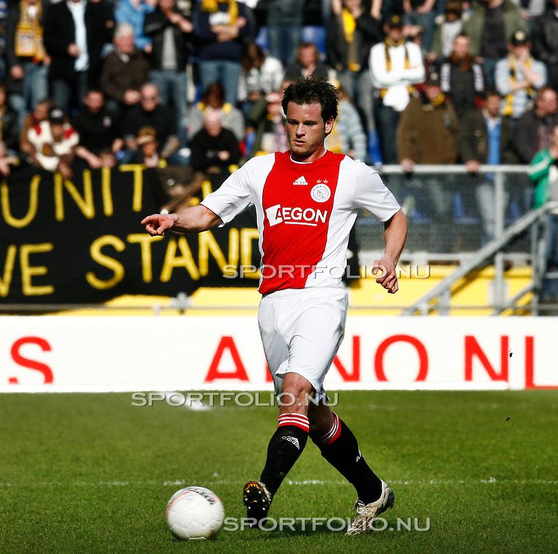Nederland, Breda, 22 maart 2009..Eredivisie.Seizoen 2008-2009.NAC-Ajax (0-3).Rob Wielaert van Ajax in actie met de bal