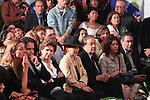 Mexico,DF.-El Féretro de la cantante Costarricense naturalizada mexicana Chavela Vargas, fue trasladado a la capilla de la Plaza Garibaldi, quien murió a los 93 años de edad debido a un paro respiratorio, donde cientos de personas esperaban su llegada para despedirse y rendirle homenaje; personalidades de la cultura estuvieron presentes para homenajear a la reconocida cantautora..Foto: Renato. V/zenitimages. /NortePhoto.com....**CREDITO*OBLIGATORIO** *No*Venta*A*Terceros*..*No*Sale*So*third* ***No*Se*Permite*Hacer Archivo***No*Sale*So*third*