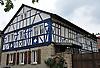 blaues Fachwerk eines Hauses in Ober-Hilbersheim