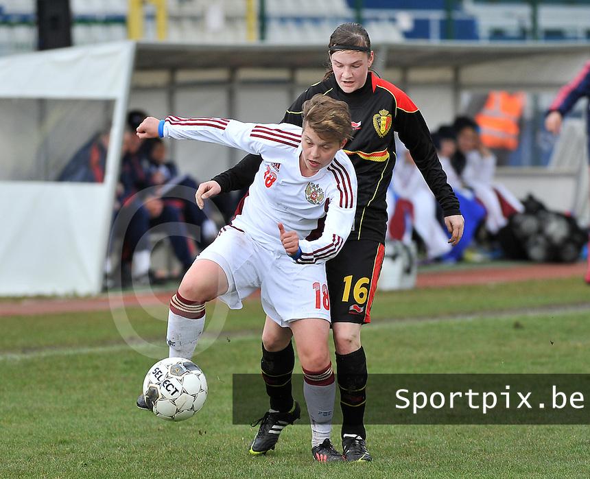 Russia U19 - Belgium U19 : Darya Kitsa before Elke Van Gorp (16).foto DAVID CATRY / Nikonpro.be