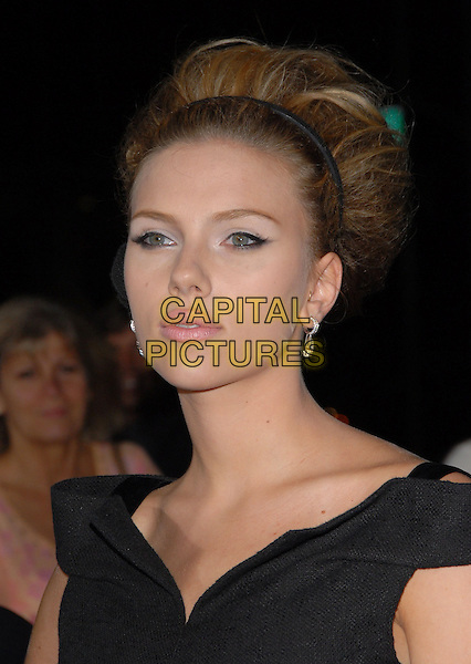 "SCARLETT JOHANSSON.The Universal Pictures' L.A. Premiere of ""The Black Dahlia"" held at The Academy of Motion Pictures in Beverly Hills, California, USA. .September 6th, 2006 .Ref: DVS.headshot portrait alice band big hair.www.capitalpictures.com.sales@capitalpictures.com.©Debbie VanStory/Capital Pictures"