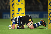 James Phillips of Bath Rugby scores a try in the second half. Aviva Premiership match, between Worcester Warriors and Bath Rugby on January 5, 2018 at Sixways Stadium in Worcester, England. Photo by: Patrick Khachfe / Onside Images