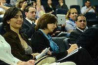 SAO PAULO, 17 DE AGOSTO DE 2012 - ELEICOES 2012 - candidata Soninha durante debate sobre Saúde, com a presença de representantes dos demais candidatos à Prefeitura de São Paulo na Associação Paulista de Medicina, Bela Vista, região central da capital, na tarde desta sexta feira. FOTO: ALEXANDRE MOREIRA - BRAZIL PHOTO PRESS