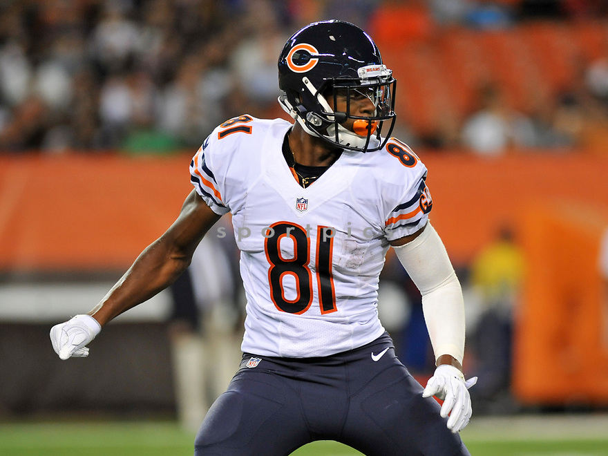 CLEVELAND, OH - SEPTEMBER 1, 2016: Wide receiver Cameron Meredith #81 of the Chicago Bears blocks on a kickoff return in the second quarter of a game on September 1, 2016 against the Cleveland Browns at FirstEnergy Stadium in Cleveland, Ohio. Chicago won 21-7. (Photo by: 2016 Nick Cammett/Diamond Images)  *** Local Caption *** Cameron Meredith